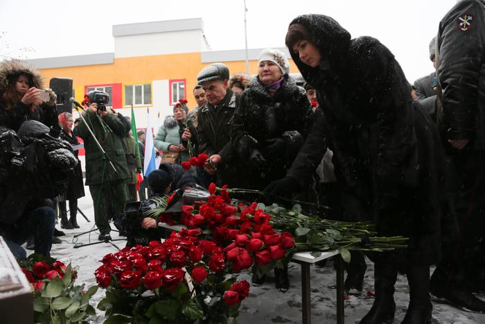 Многодетную семью Героя России оставили без половины пенсии: «Это что же, они будут 120 тысяч получать?!» власть,военные,ГЕРОЙ РОССИИ,общество,пенсия,россияне
