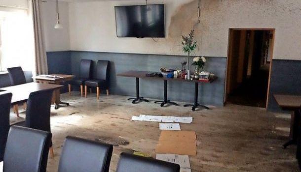 В ФРГ разгромили ресторан, где проводила встречи партия «Альтернативы для Германии»