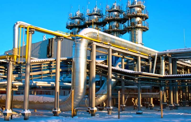 Зачем «Газпром» опустошает свои хранилища в Европе