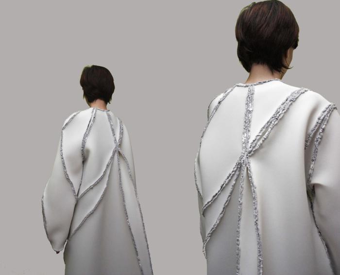 Пальто из спаянных между собой кусков материала от Зиты Мерени (Zita Merenyi).