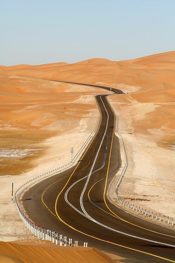И очень жаркие дороги, какой большой мир, красота, умиротворение, фотомир