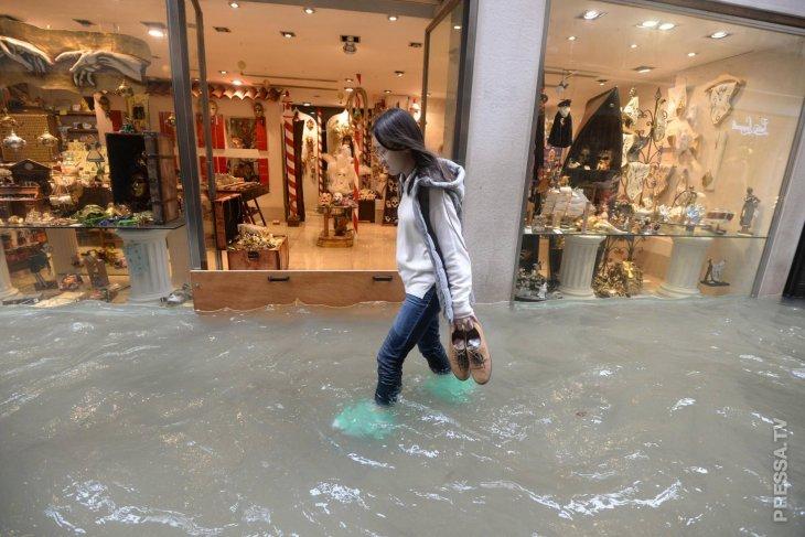 Затопило город любви - Венецию