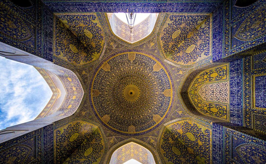 Гипнотическая красота иранских мечетей