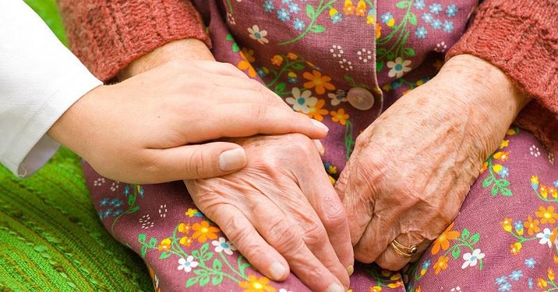 Руки как у старой ведьмы омолодит домашняя масочка «Ксантиппа» за 10 минут