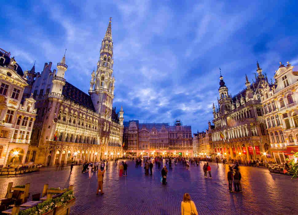 Как объехать 15 лучших городов Европы всего за $500