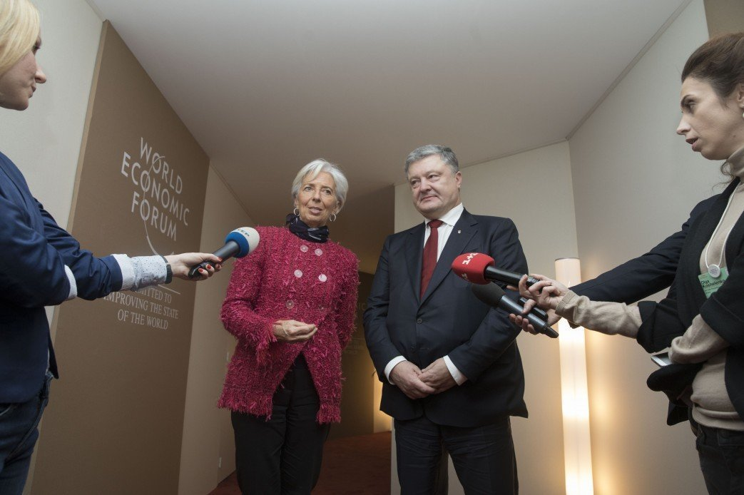 Достижение: Украина мировой лидер по… долгам перед МВФ