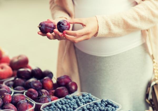 Чем полезны сливы для здоровья