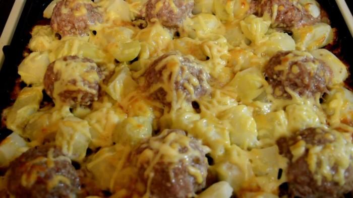 Вкусные «ежики» подойдут к любому гарниру. /Фото: i.ytimg.com