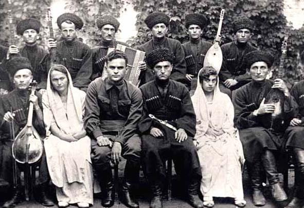 Какие чеченцы имеют право носить папаху