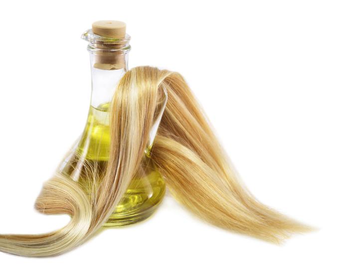 Оливковое масло отлично влияет на волосы. /Фото: spaatthemontcalm.co.uk