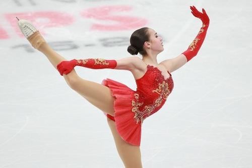 Загитова  стеснялась радоваться победе на Олимпиаде при  Медведевой