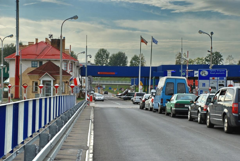 Таможня «закрутила гайки» белорусам при перевозе товаров из Польши Белоруссия,Граница,Польша,Таможня,Экономика,Мир