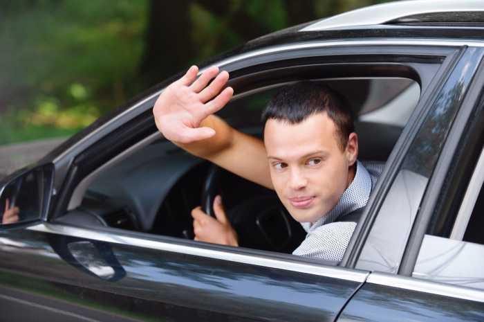 Неписанные правила водительского этикета, о которых не расскажут в автошколе поведение на дороге
