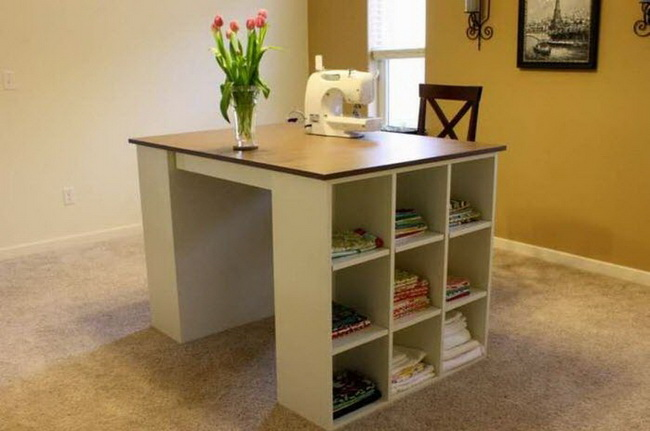 Швейный стол своими руками (подборка идей)
