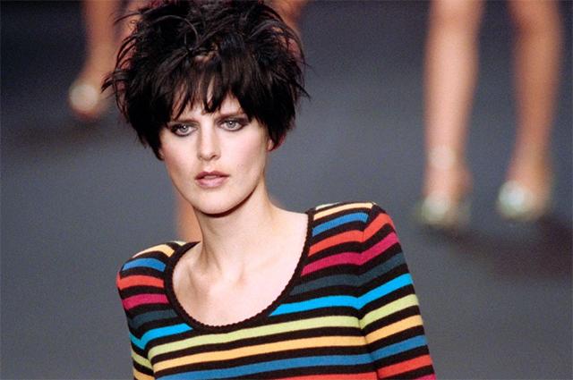 Вспоминая Стеллу Теннант: аристократка и панк, ставшая сенсацией в моде 90-х
