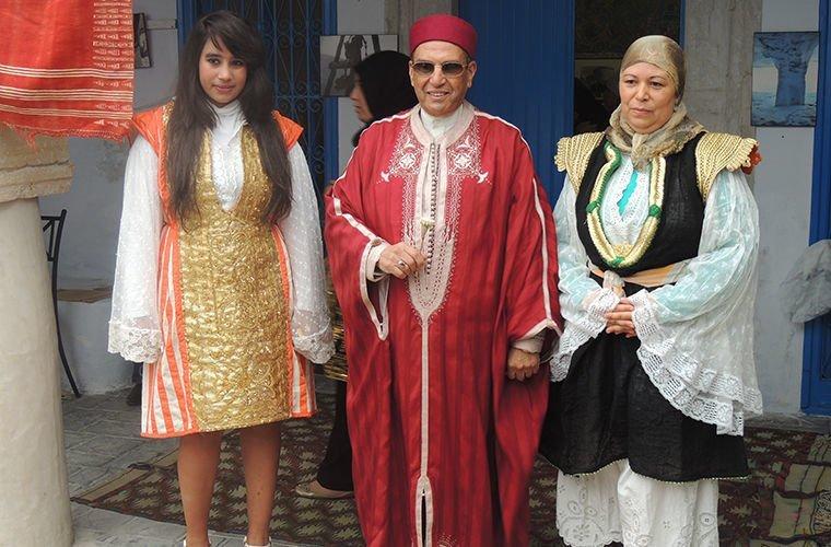 Они носят платья в мире, люди, обычай, правила, русские, традиции, тунис, факты