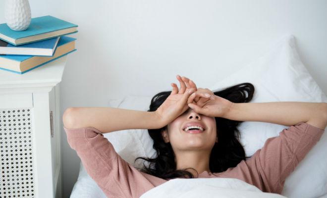 Учимся просыпаться без будильника. При правильном расчете циклов сна можно встать в 4:20