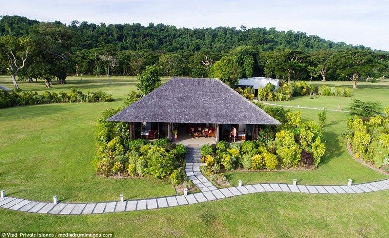 Все домики построены в течение последних трех лет ynews, остров, продается, продается остров, рай, райское место, тихий океан, тропический курорт