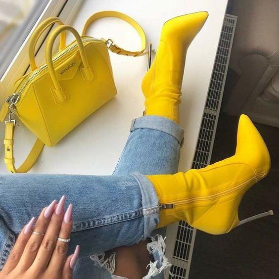 Желтый цвет весна