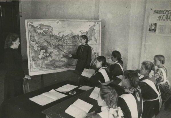 Почему российское образование не догонит по уровню советское?