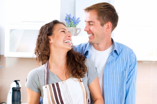 Влюбились - и сразу в ЗАГС. Психолог о том, почему распадаются ранние браки