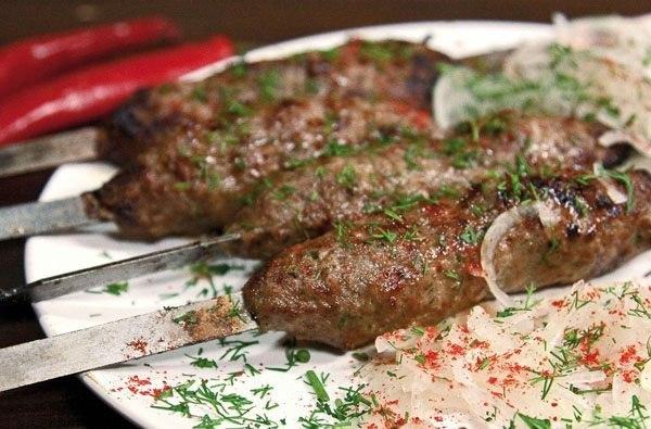 Сочный люля-кебаб из говядины на шампурах — вкуснее я не ела в жизни