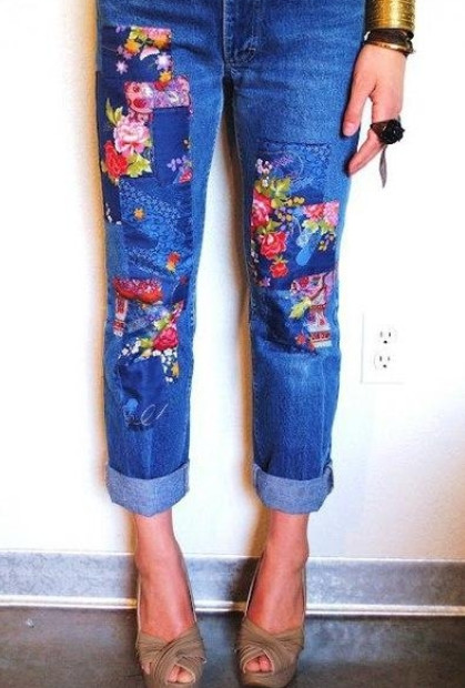 Дырка на джинсах – не повод выбрасывать их! 15 интересных идей для вдохновения...
