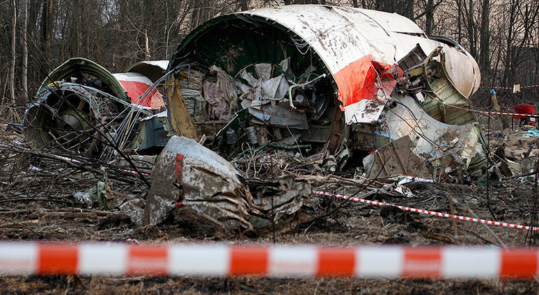 Варшава требует от России не говорить правду о гибели президента Качинского