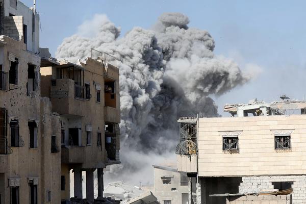 В Сирии заявили о новых удар…