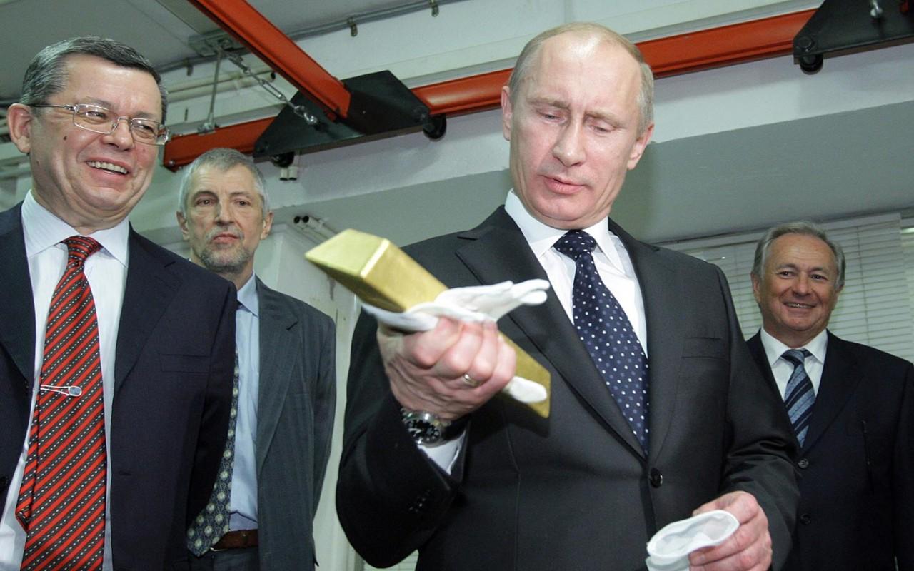 ЦБ закупил рекордный объем золота
