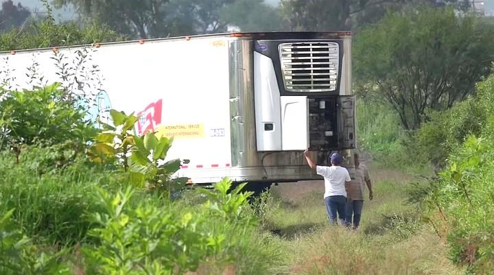 В Мексике обнаружили грузовик со 157 трупами