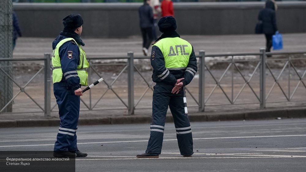 Опубликованы фото с места ДТП в Ульяновске, где иномарку «намотало» на столб