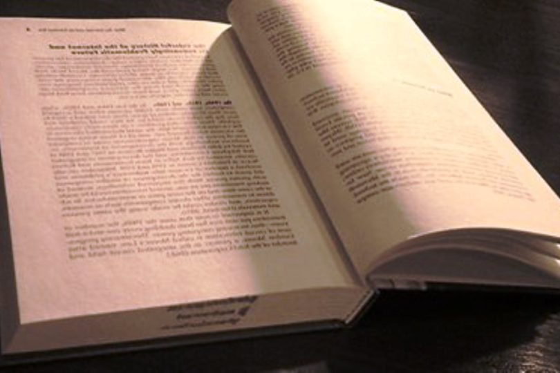 Подборка из 10 книг,прочитав которые,человек навсегда перестаёт жить «серой жизнью».