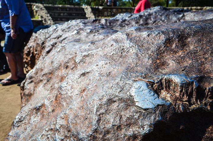 Что из себя представляет самый большой метеорит, упавший на Землю
