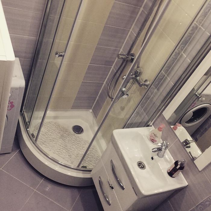 Маленький санузел, санузел в хрущевке, планировка маленькой ванной комнаты, душевая кабина