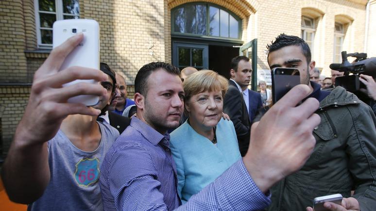 Меркель так же глупа, как и Гитлер