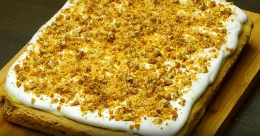 Торт с безе и орехами: десерт с ошеломляющим результатом
