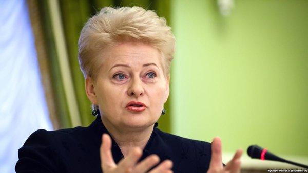 Прибалтика бьёт тревогу: надо что-то делать, - Россия отключит свет и газ
