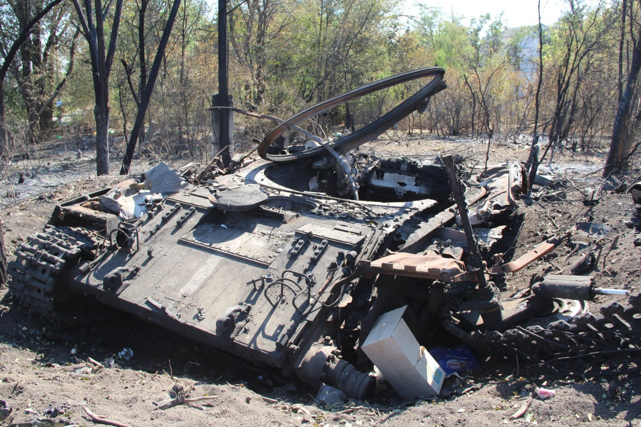 остальные фото сгоревшей украинской военной техники сентябре того