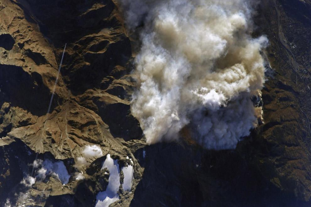 Пожары, бушующие в северных районах Италии