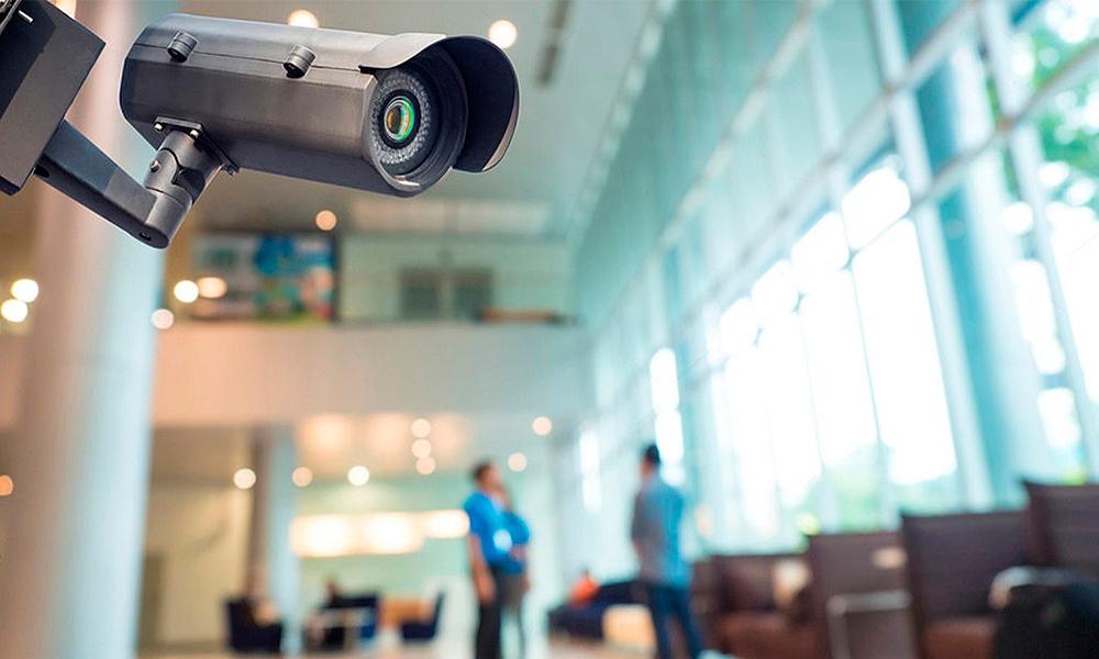 На вас напали на улице. Как получить записи видеокамер?