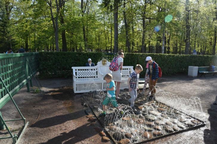 Необычный фонтан с секретом в Петергофе