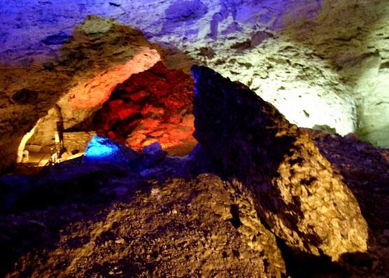 Пещеры России: топ-7 самых-самых