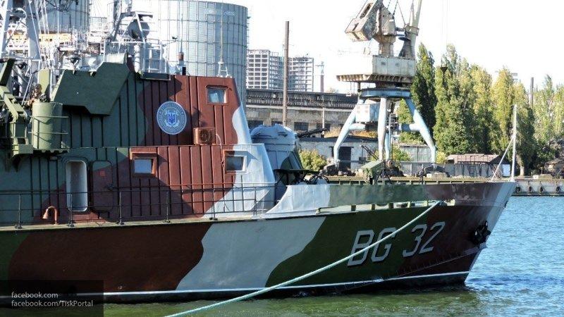 """Им бы утихомириться и перестать дразнить РФ: адмирал о возвращении """"мощнейшего"""" корабля ВМС Украины"""