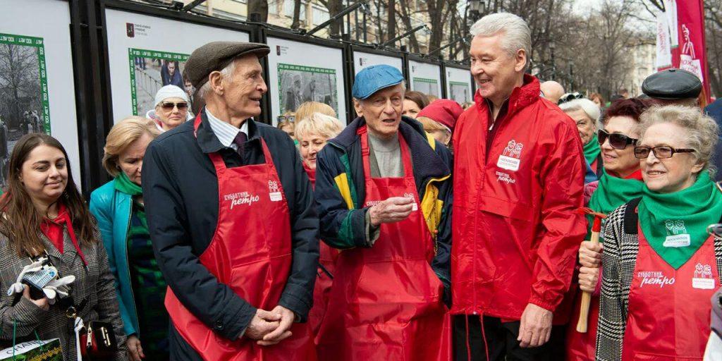 Бизнес «должен проявить свою социальную позицию»: Собянин выступил против выплат россиянам из бюджета в нерабочие дни