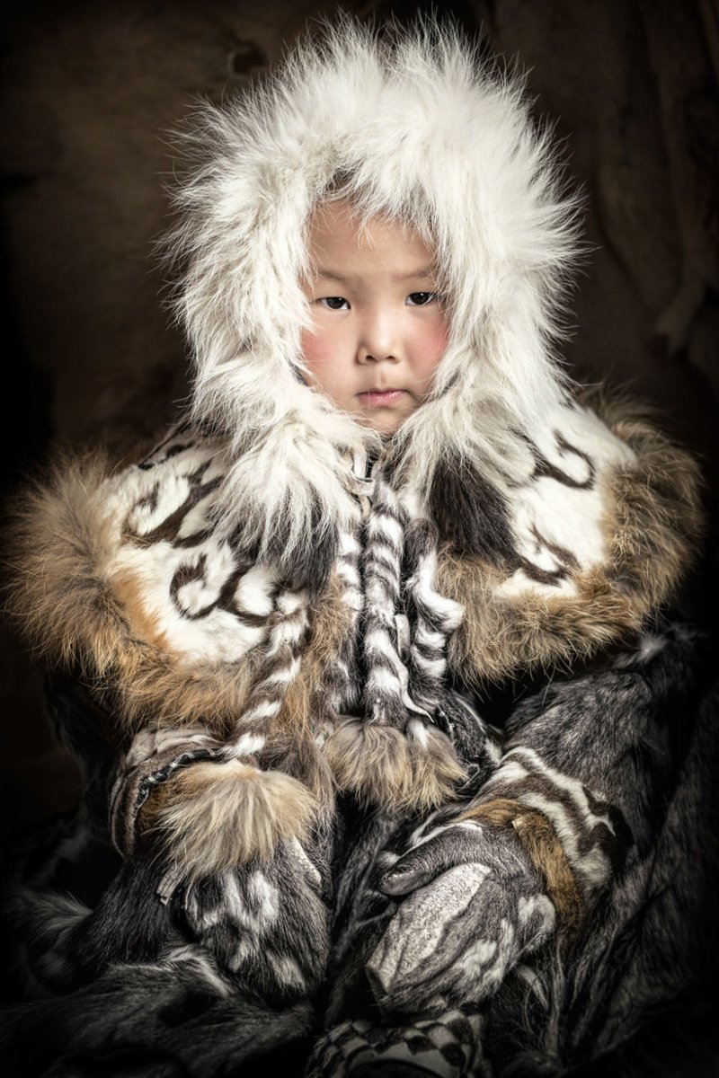 30 портретов коренных жителей Сибири и Монголии от Александра Химушина