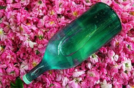 Голаб – розовая вода