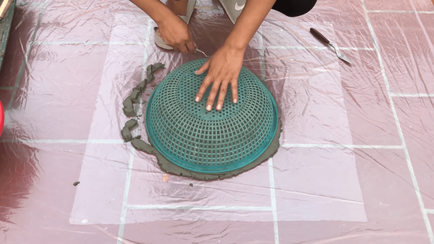 Дизайнерские подставки для цветов с кашпо практически задаром