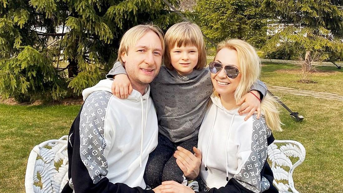 профессиональное евгений плющенко с сыном последние фото после установки