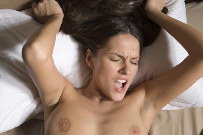 лица красивых девушек во время оргазма фото